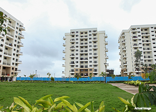 Kolte Patil Umang Premiere PROJECT GALLERY Exterior -Lawn